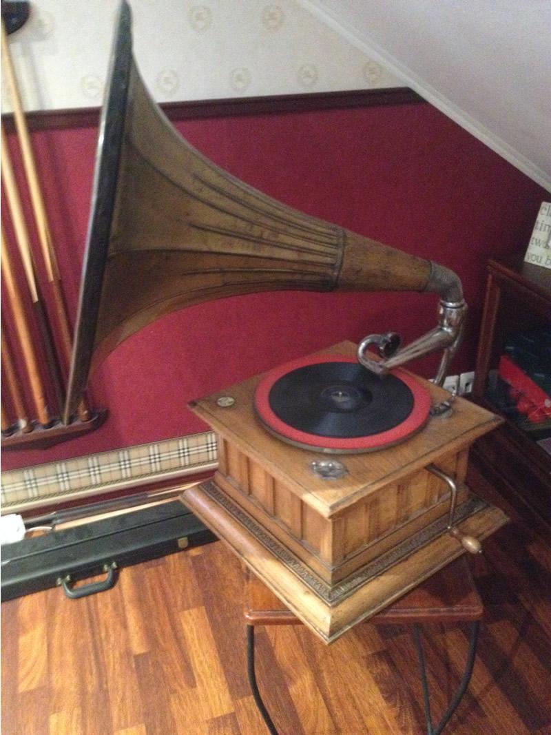 Konsertti-Gramofoni.